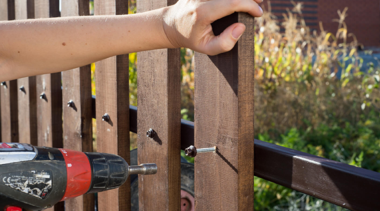 We also provide fence repair services in Santa Fe. Whether you need to repair your coyote fence, wood fence, or any other type of fence, we have the service you may need to fix your damaged fence.  Sometimes it is more cost effective and a better decision to mend your fence rather than completely tear it down and replace it.